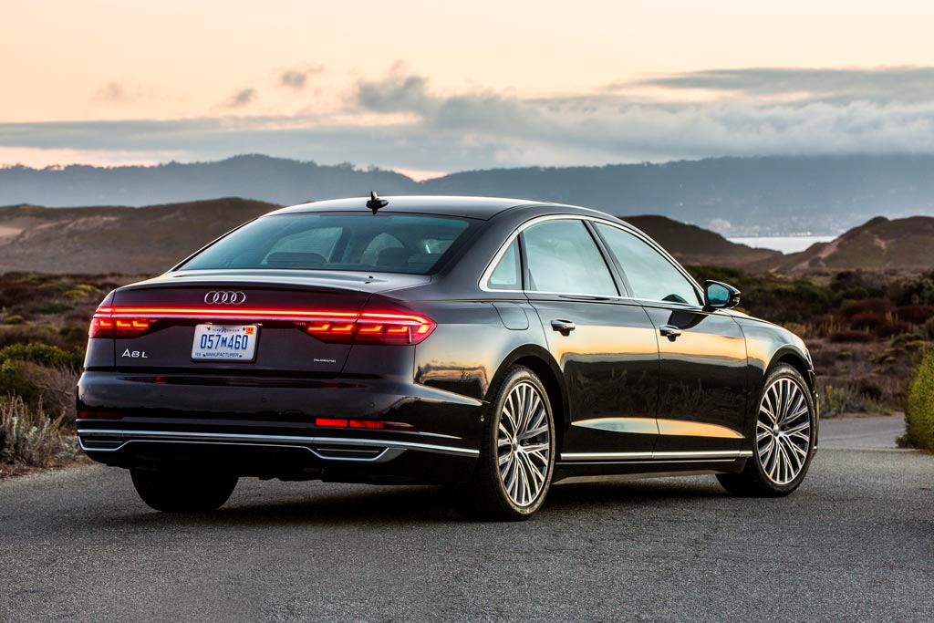 Audi А8 против BMW, Mercedes и Porsche немецкая элита в сравнении
